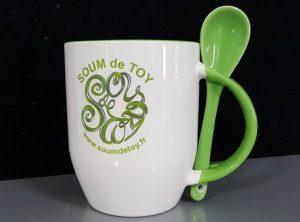 mug personnalisé avec cuillère